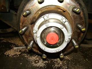 USED MERITOR REAR AXLE 2004 Model: RS19145