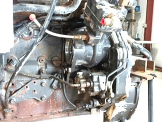 USED CUMMINS ENGINE 5.9L ISB300 REAR DRIVE YEAR 2002 FOR SALE