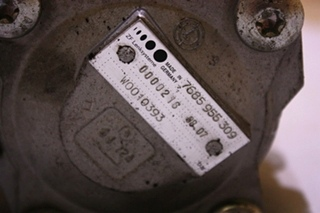 USED ZF LENKSYSTEME HYDRAULIC PUMP 7685 955 309 FOR SALE