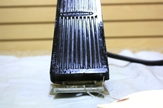 USED FREIGHTLINER FUEL PEDAL 351327 L-30317 FOR SALE