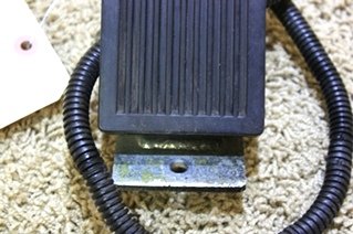 USED FREIGHTLINER FUEL PEDAL 351327 FOR SALE