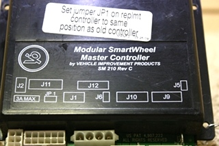 USED MODULAR SMARTWHEEL MASTER CONTROLLER SM 210 BY V.I.P 00-00895-100 FOR SALE